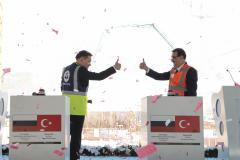 Türkiye'nin ilk nükleer enerji santrali olacak Akkuyu Nükleer Güç Santrali'nin (NGS) üçüncü güç ünitesinin temeli atıldı. Temel atma törenine Enerji ve Tabii Kaynaklar Bakanı Fatih Dönmez ile Rusya Devlet Nükleer Enerji Kurumu Rosatom'un Başkanı Aleksey Lihaçev ve çok sayıda katılımcı katıldı.  ( Celal Güneş - Anadolu Ajansı )